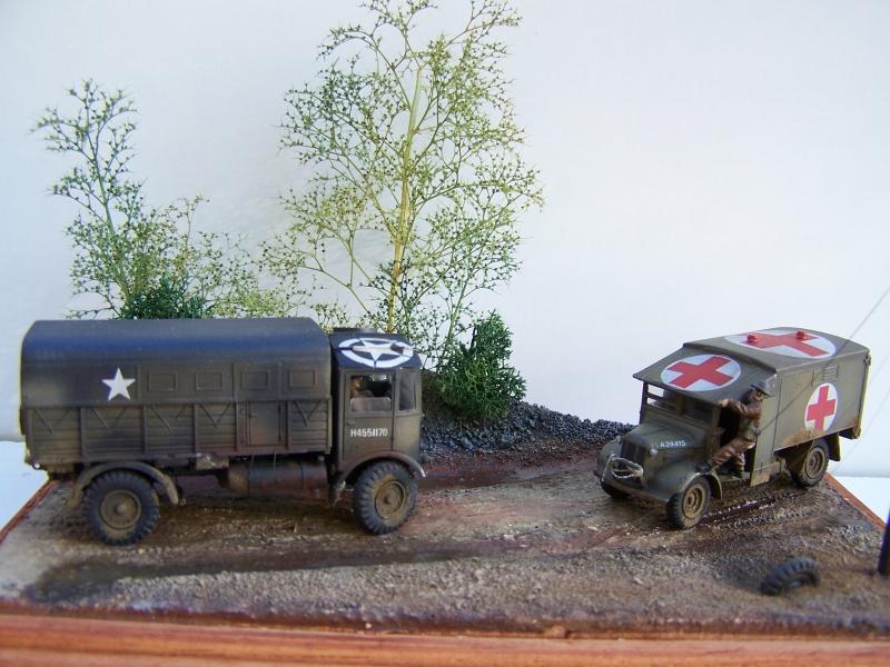 """AEC Matador et Ambulance Austin K2 """"au détour d un chemin"""" 862130MatadorAustinK2024"""