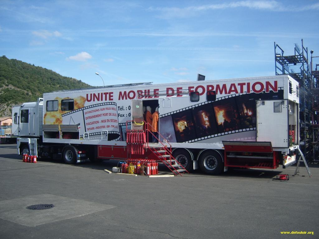 Unité mobile de formation 865826defouloirscuritS1030018