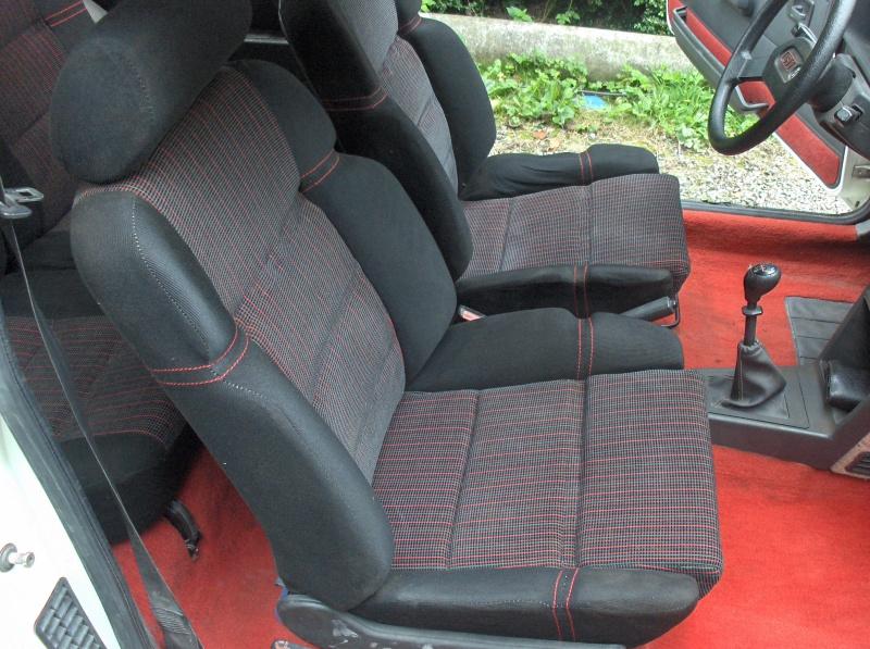Replique 205 GTI Gr N de Jean Sébastien Couloumies 866345HPIM5159