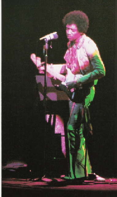 New York (Fillmore East) : 31 décembre 1969 [Second concert]  866727hendrix3