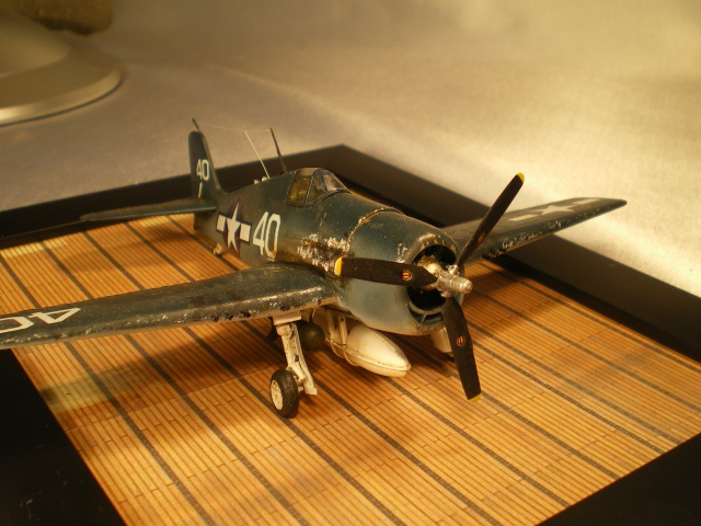 F6F hellcat USS Yorktown('académy 1/72) 866739IMGP2826
