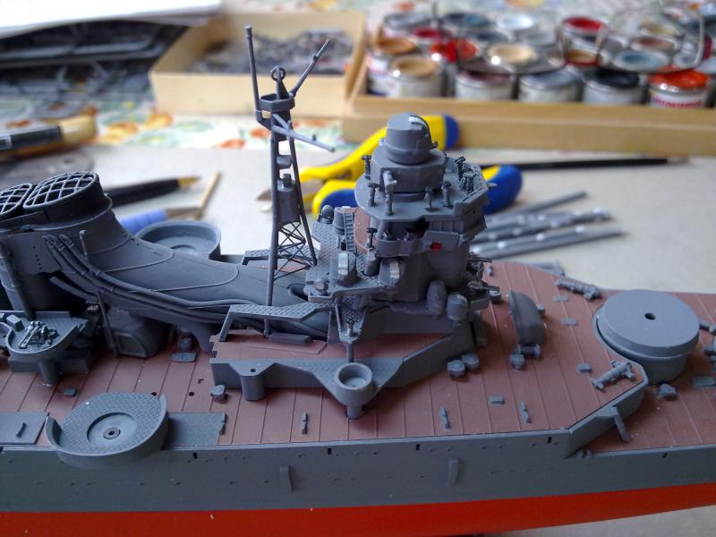 croiseur lourd Mogami au 1/350 par Pascal 94 - Tamiya  - Page 4 868192montagepasserelle3jpg