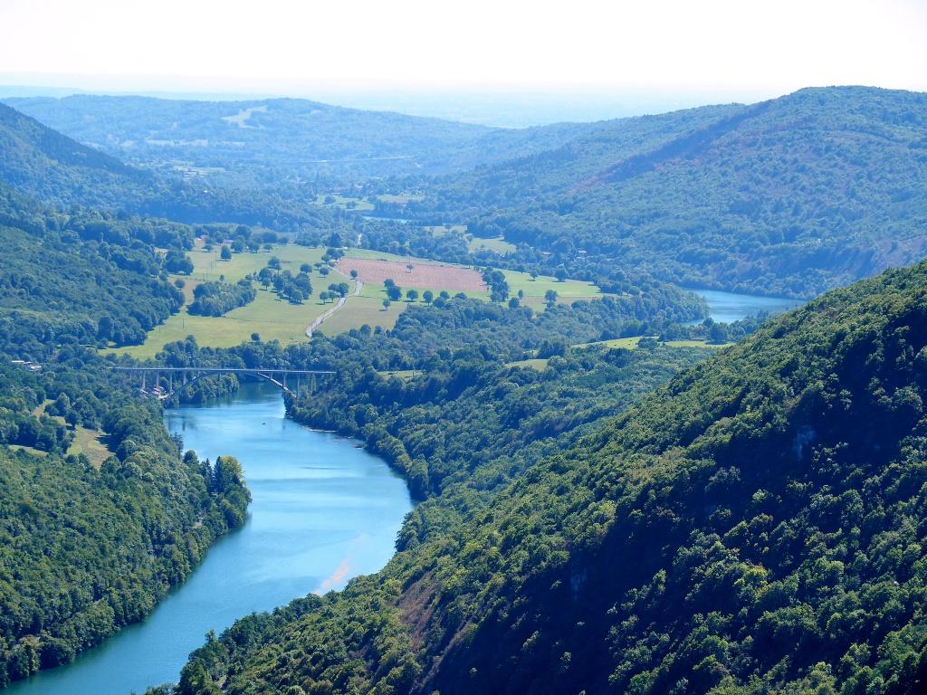 Les Gorges de l'Ain 868735P8213156a