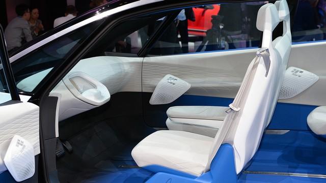 La première mondiale de l'I.D. lance le compte à rebours vers une nouvelle ère Volkswagen  87035814volkswagenidconceptparis1