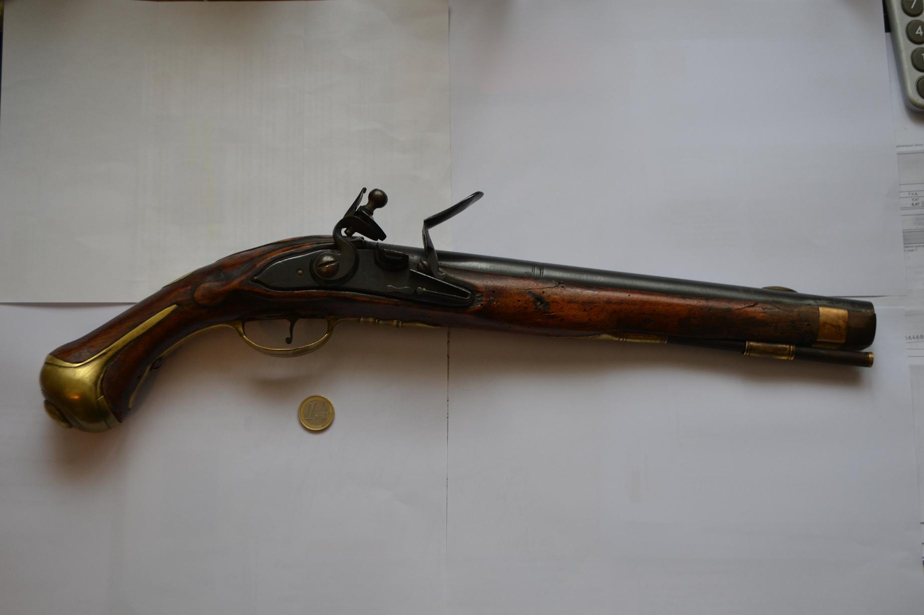 Pistolet 1733 870681DSC1289