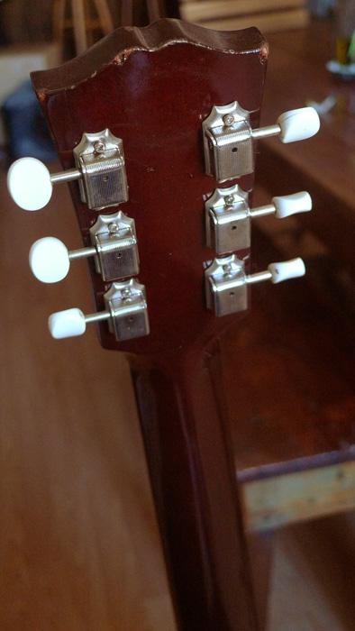 RARE : vds Gibson J-45 wine red +fishman Ellipse 2003 874616Dostte