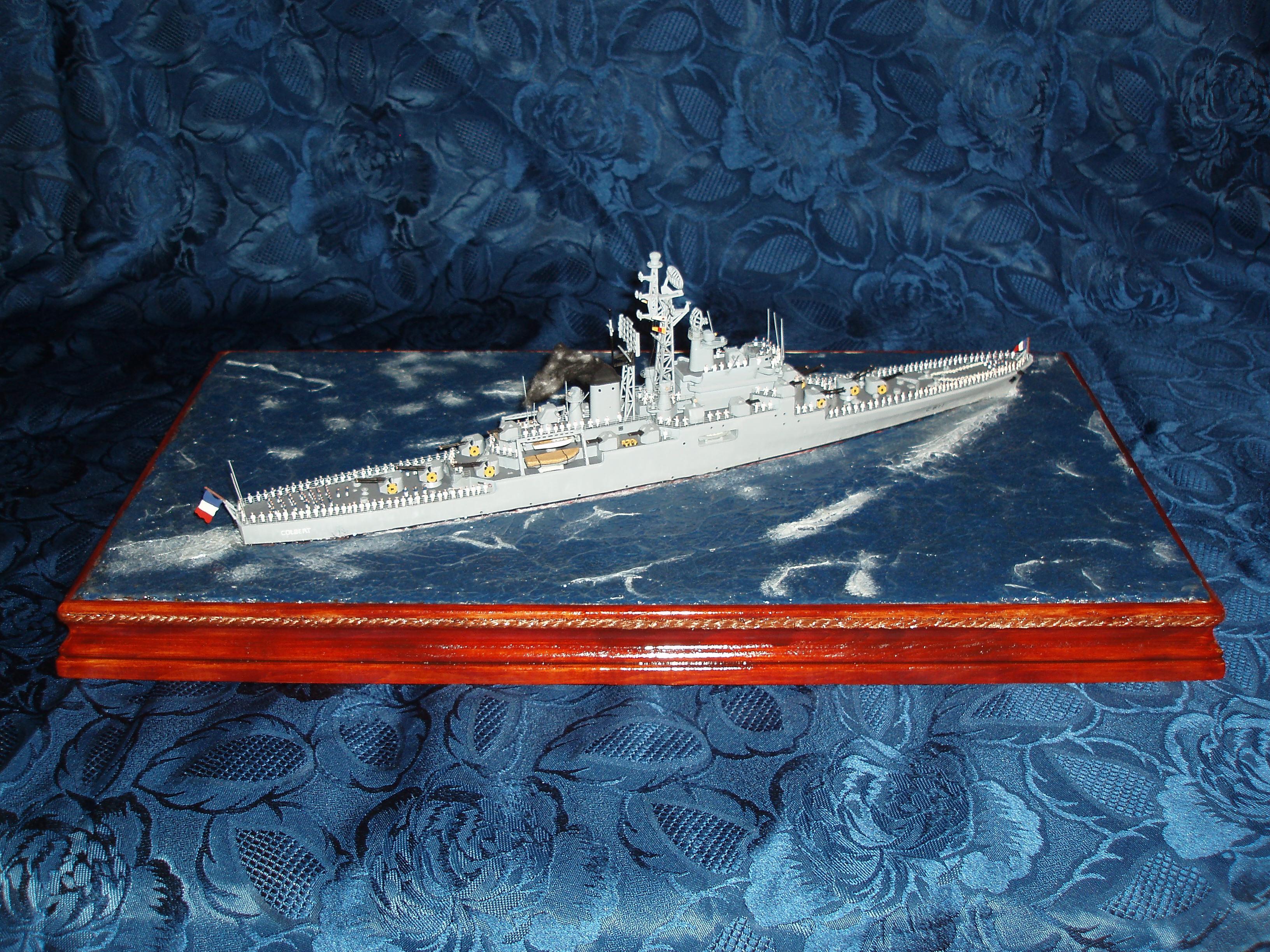 Le Croiseur COLBERT! 875339s22