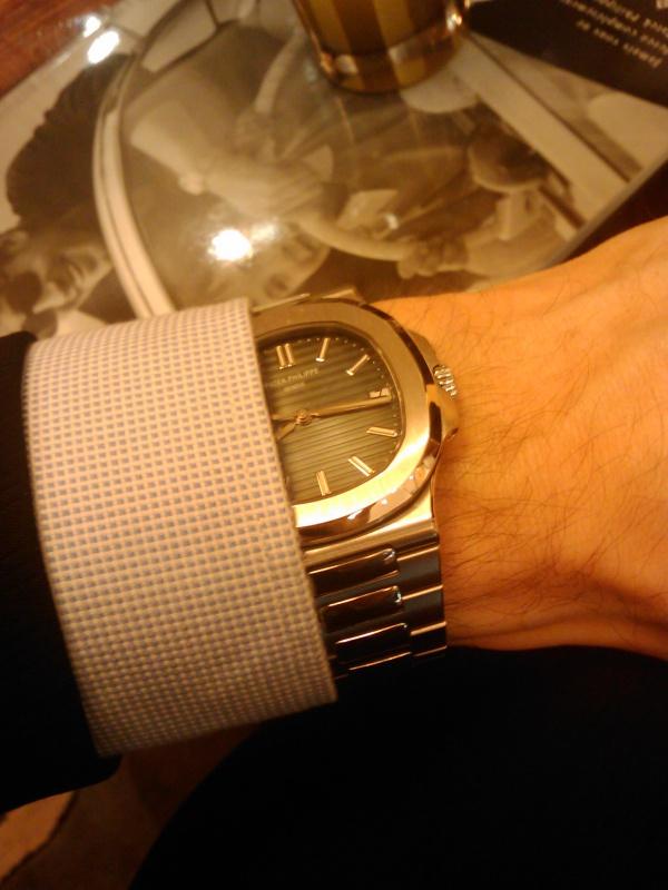Votre montre sur le poignet d'un autre ... 876358571151