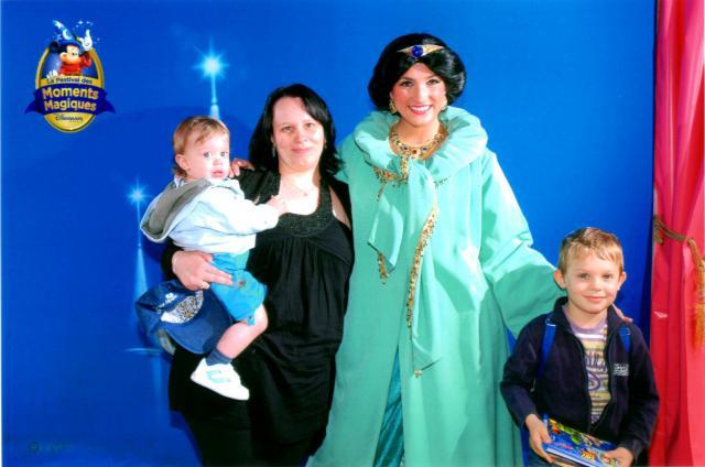 Un anniversaire chez Mickey les 9 & 10 juin 2011 - Hôtel Cheyenne  877906img005