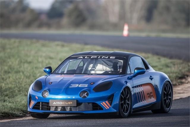 Alpine A110 Cup : une authentique voiture de course, taillée pour les plus grands circuits européens 882218211987112017AlpineA110Cup