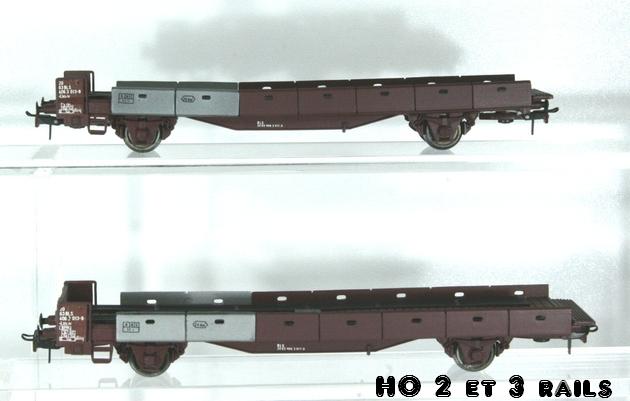 Wagons de marchandises fabriqués par ARPO 882740ARPOMetropplattransportauto3R