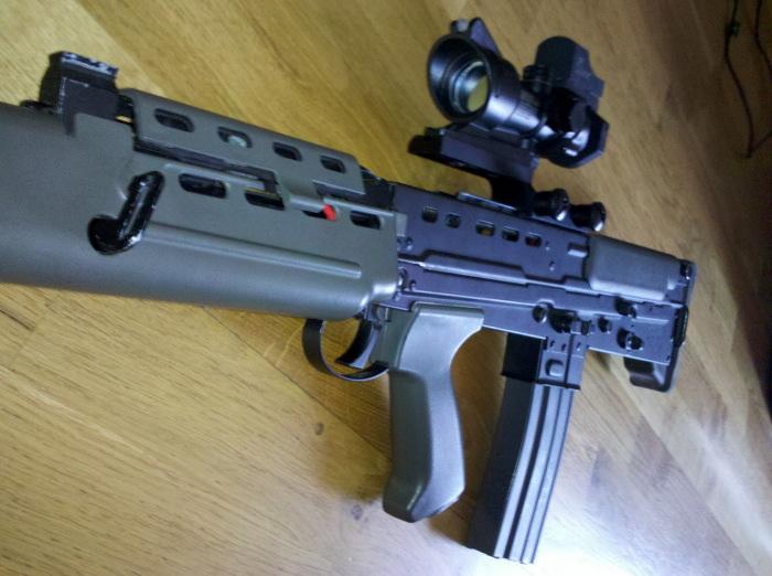 Review L85 [ SA80 ] acog mount ( z mount Hornbill ) 887088IMG20110427190041