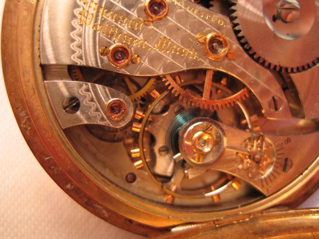 Petite visite d'une montre familiale du début XXème 89029709022011010