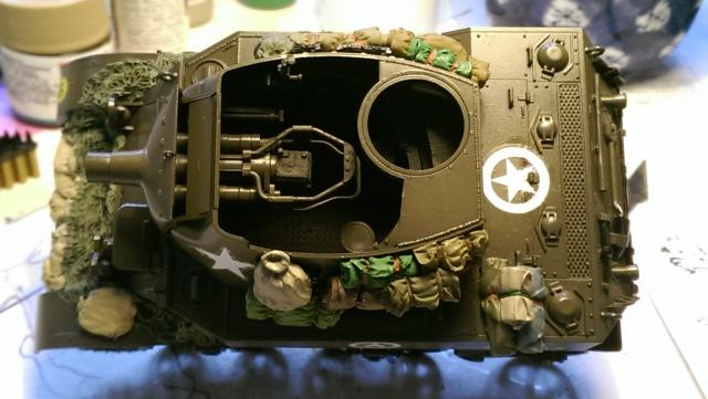 M7 PRIEST Italeri et M8 Howitzer Tamiya 1/35 - Page 2 891106IMAG2504