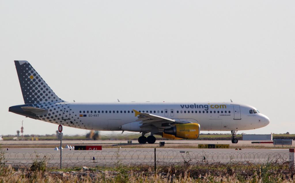 Aéroport de Nice Côte d'Azur , [LFMN-NCE] - Page 6 896523IMG1260