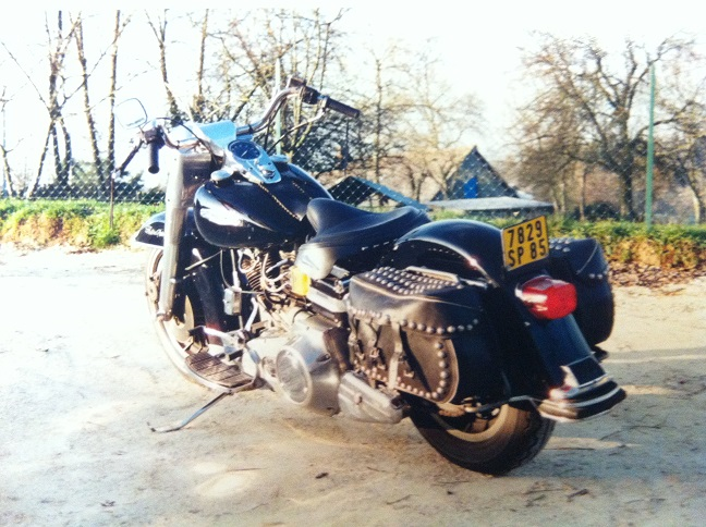 Les vieilles Harley....(ante 84)..... - Page 37 896776IMG2441