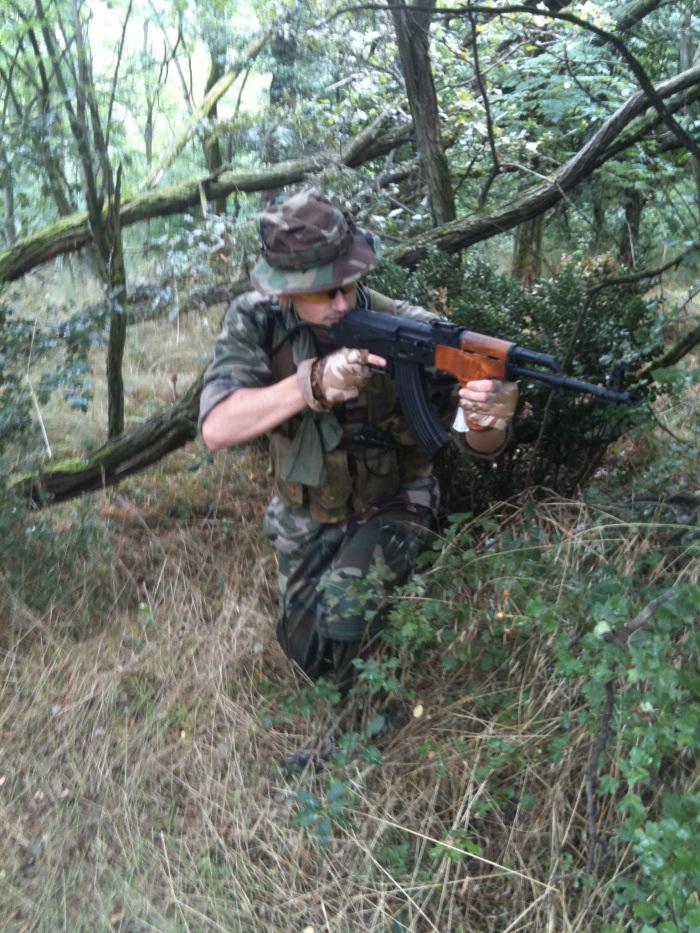 AK roumain / tactical + Fusil a pompe spas12 + 4 Revolvers + Sniper m24 snow wolf + AK bizon + glock + merdouilles 905214IMG0298
