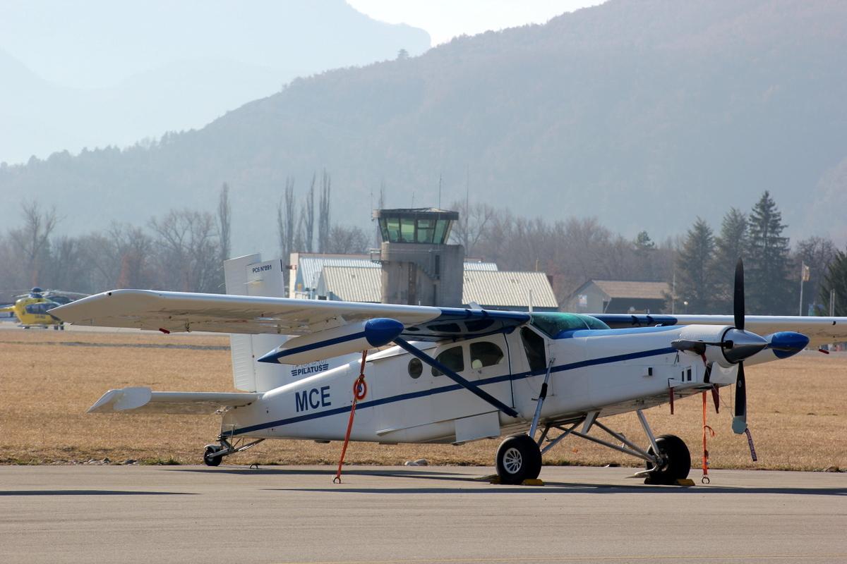 Aérodrome de Gap-Tallard [LFNA-GAT] 908017IMG8258001