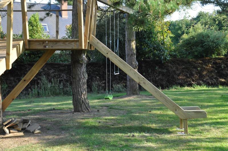 Projet de toboggant pour la cabane dans les arbres de mon fils, vos idées? - Page 3 909088Cabane13