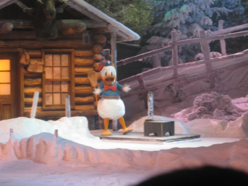 [Disneyland Paris] Disneyland Hotel - chambre Castle Club (8-10 décembre 2010) (début du TR p.9) - Page 8 914327IMG1936