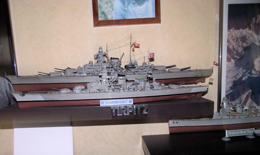 Croiseur de bataille Scharnhorst Heller au 1x400 914706Scharnhorst1x40032