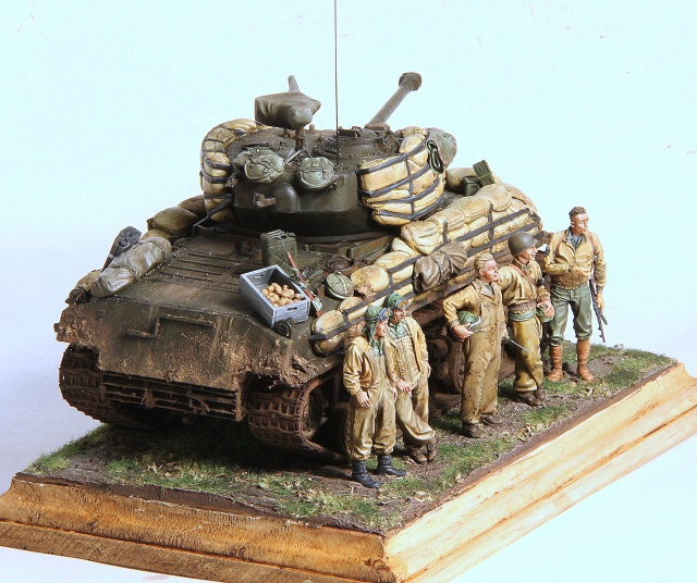 The usual suspects (TERMINE) M4A3E8 Dragon 1/35 - Page 2 917645IMG2745