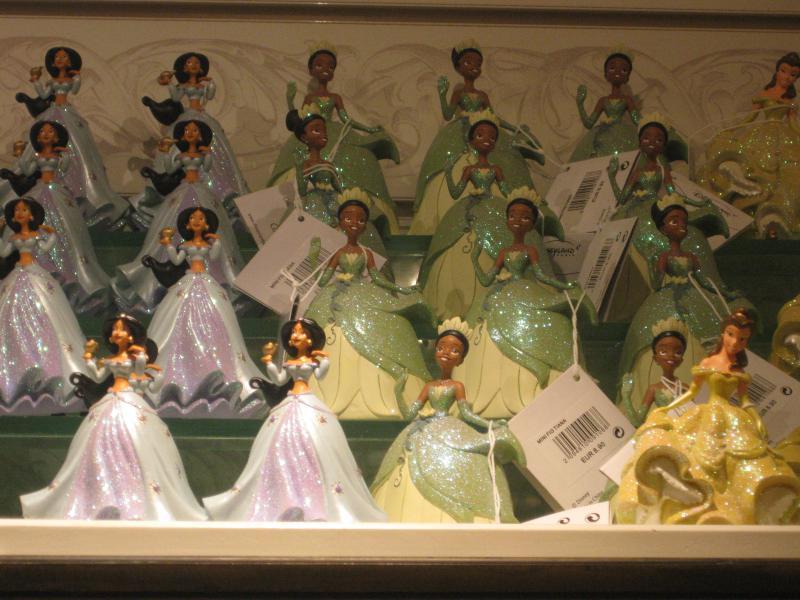 [Disneyland Paris] Disneyland Hotel - chambre Castle Club (8-10 décembre 2010) (début du TR p.9) - Page 8 917785IMG1988