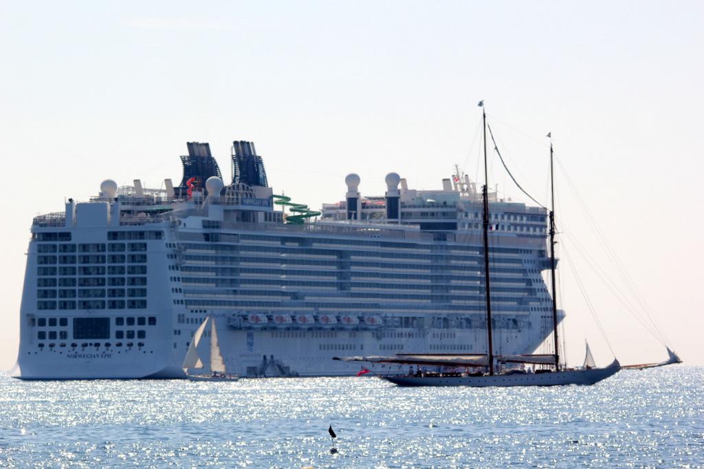 [Vie des ports] Cannes 920304IMG8880001