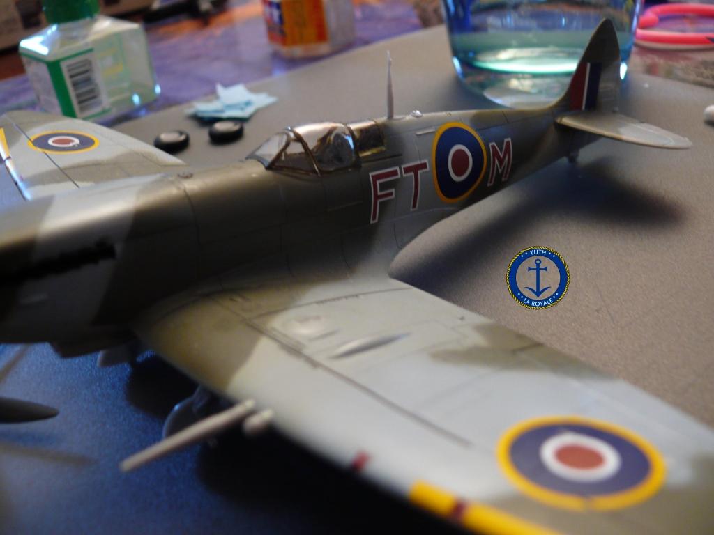 Spitfire Mk.IXc 1945 922005spitfire03