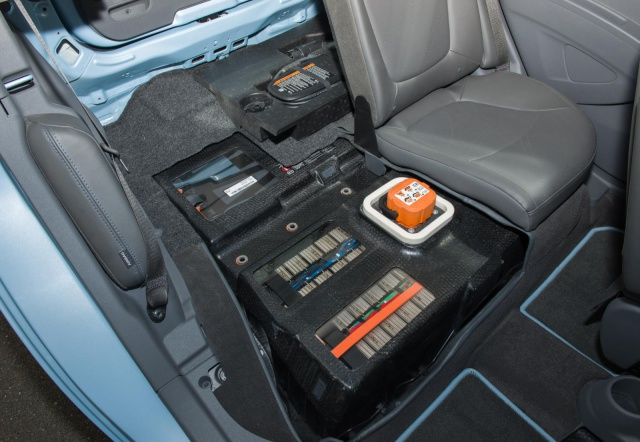 salon de Los Angeles 2012 : la Chevrolet Spark EV  923445ChevroletSparkEV6