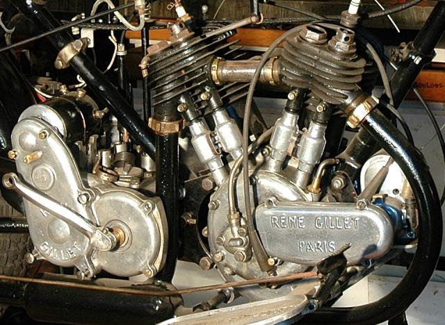 Moto René Gillet 750 type G 1929 - Page 4 927506DSC3484