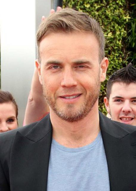 Gary arrive à l'audition de X Factor à Birmingham 1/06/11 9280293