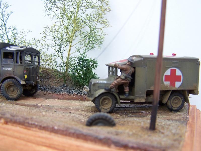 """AEC Matador et Ambulance Austin K2 """"au détour d un chemin"""" 928517MatadorAustinK2028"""