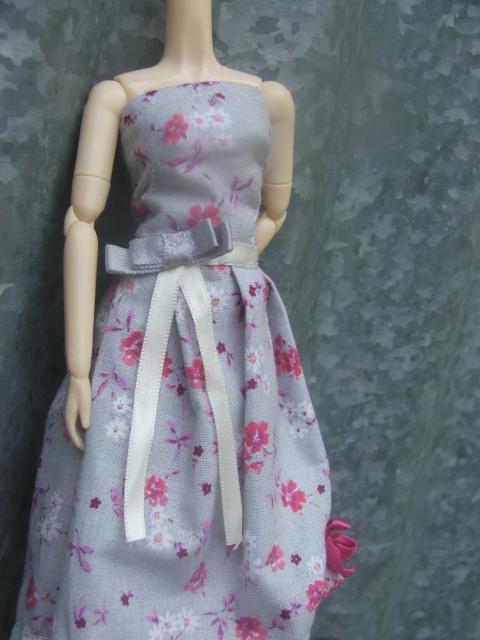 Besoin d'un mannequin couture BOBOBIE MEI P1 tt en haut - Page 2 929937DSCF0807