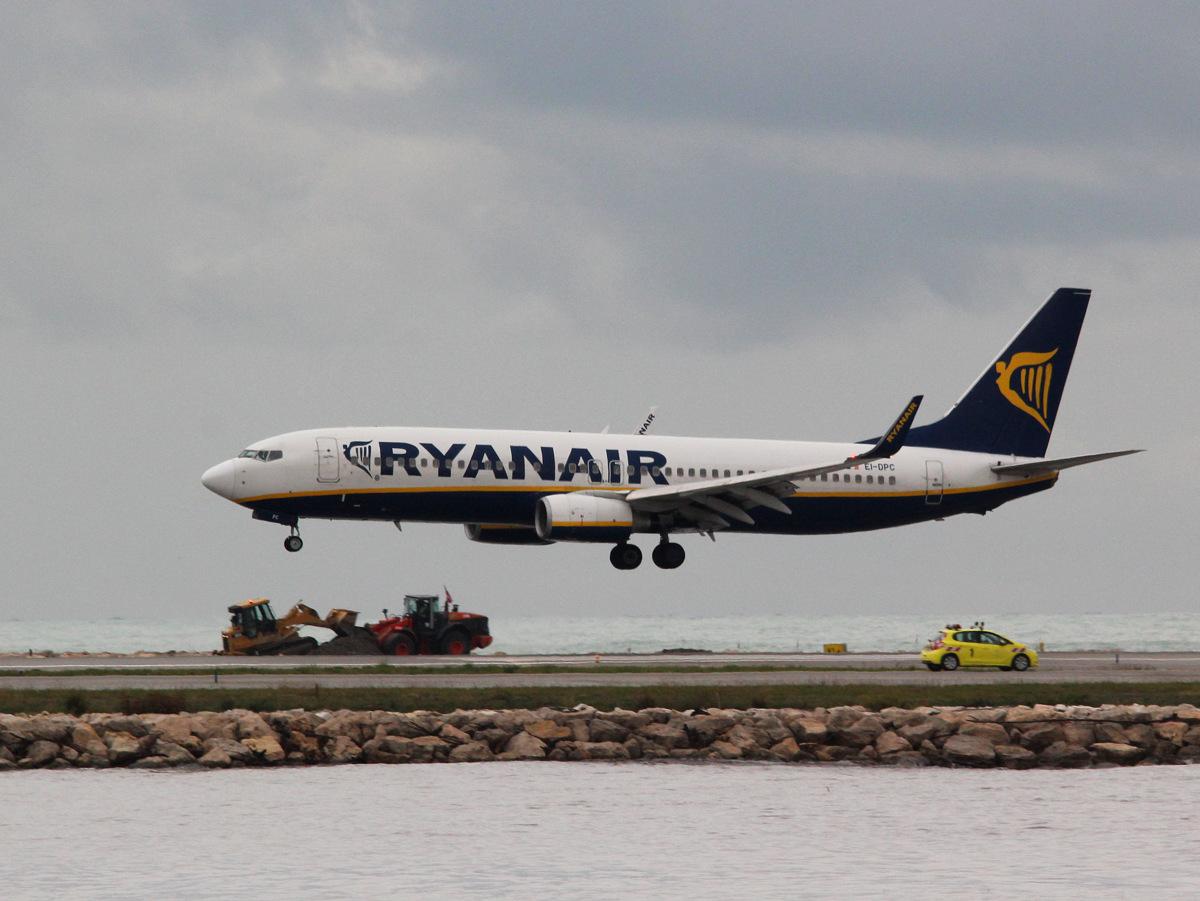 Aéroport de Nice Côte d'Azur , [LFMN-NCE] - Page 6 930533IMG0818
