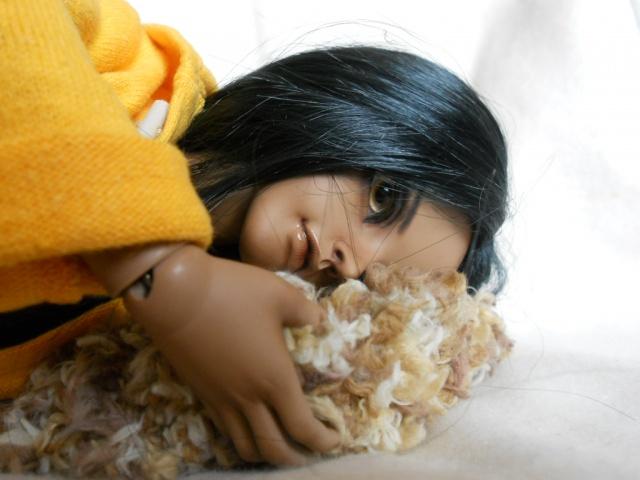 Nouvelles dolls : DimAria, LTF Ante et Lishe :) - Page 5 935609jaune4