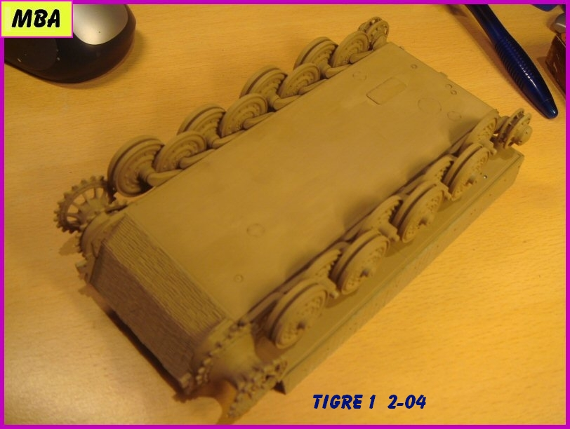 Panzerkampfwagen VI Tiger au 1/35ème Dragon Zimmerit 939247tigre204