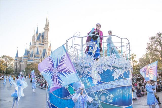[Tokyo Disney Resort] Programme complet du divertissement à Tokyo Disneyland et Tokyo DisneySea du 15 avril 2018 au 25 mars 2019. 940667tok1