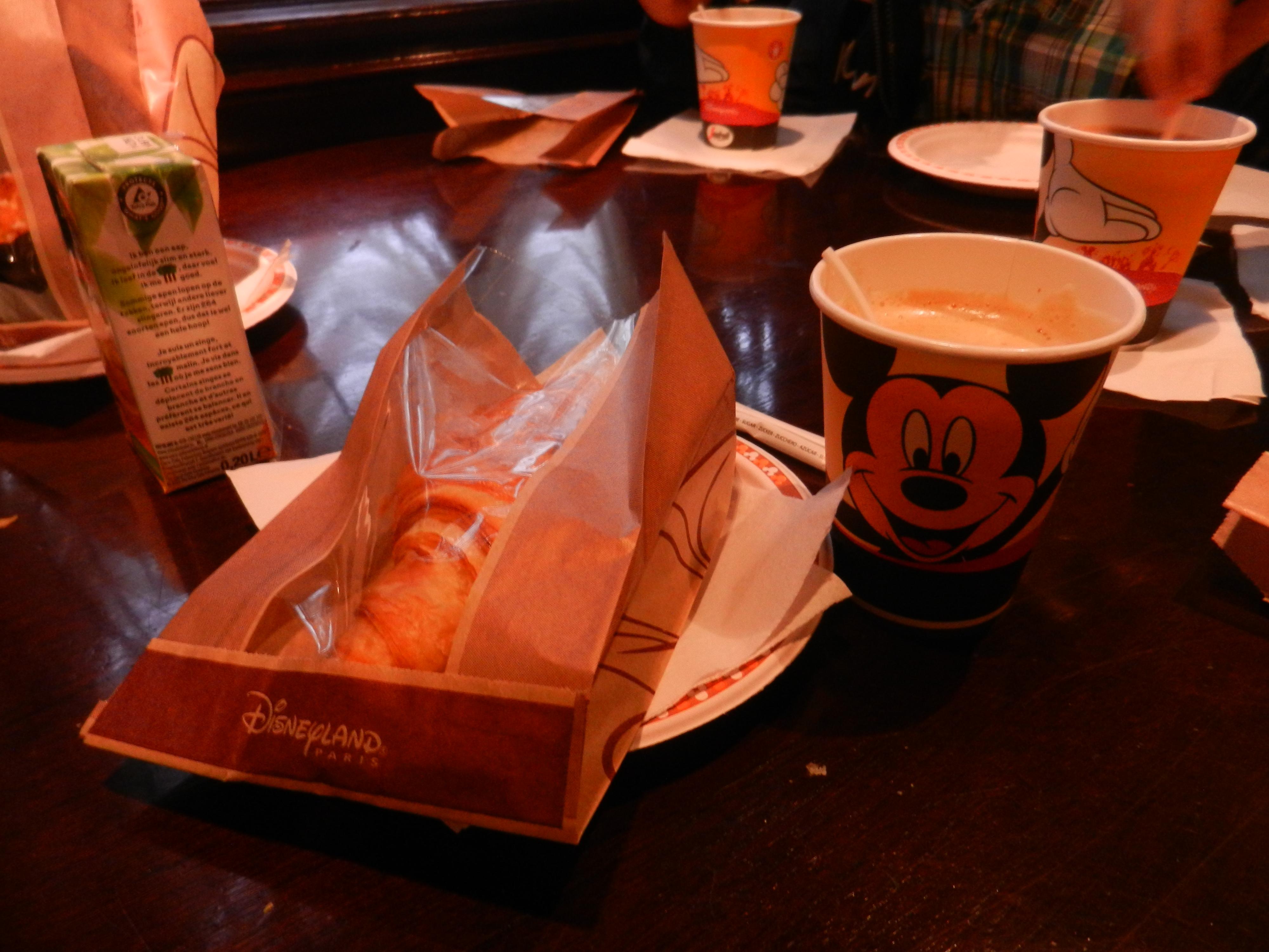 Une journée à Disneyland pour découvrir la période d' Halloween ! 940892DSCN6090