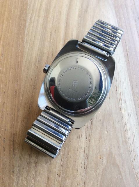 Jaeger -  [Postez ICI les demandes d'IDENTIFICATION et RENSEIGNEMENTS de vos montres] - Page 42 941423sl16002
