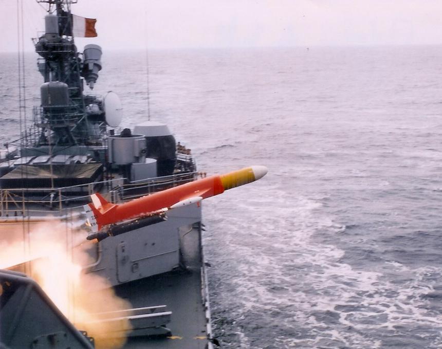 [ Les armements dans la Marine ] Les tirs en tous genres du missiles aux grenades via les mitrailleuses 944078malafon
