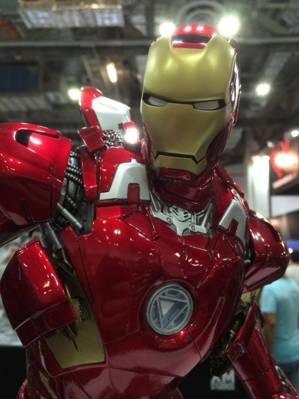 Premium Collectibles : Iron man MK VII - Page 2 944810106160518403813126474331307760734593645683n