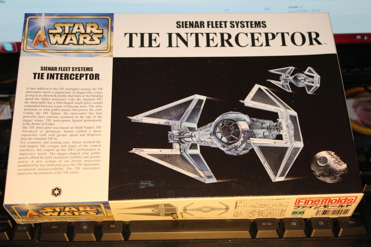 Star Wars [Tie Interceptor] FineMolds 1:72 946152DPP0010