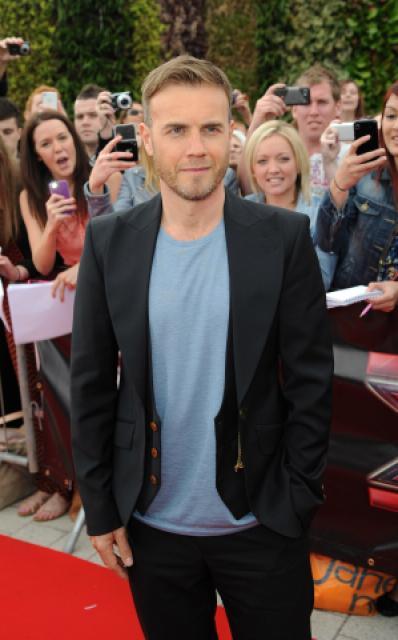 Gary arrive à l'audition de X Factor à Birmingham 1/06/11 949483MQ006