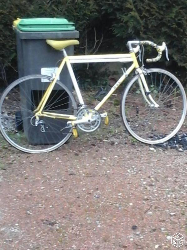 mbk trainer jaune et blanc 9498791d47825e49e80b4cb4c1551047c467cf21cfac65