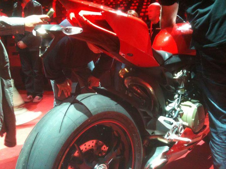 Le coin coin des Ducati - Page 21 95007430428420958501236881468