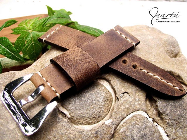 Cherche bracelet cuir vintage/usé petit budget 950870T2eC16hyEE9s5jHPtcBRyhjKfz1Q6057