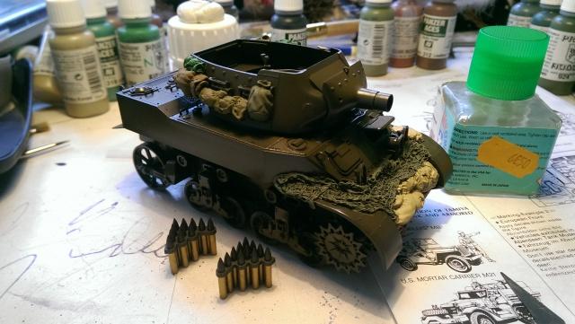 M7 PRIEST Italeri et M8 Howitzer Tamiya 1/35 953438IMAG2495