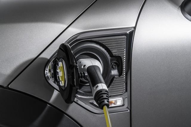 Agile, polyvalent, électrisant : le MINI Cooper S E Countryman ALL4 954437P90240794highResminicoopersecoun