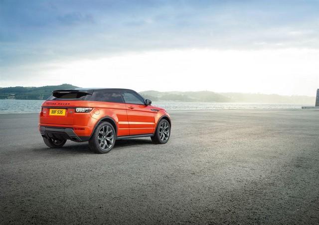 Range Rover Evoque Deux Nouveaux Modèles Autobiography en 2015 962876RREVQ15MYABDynamic18021402LowRes